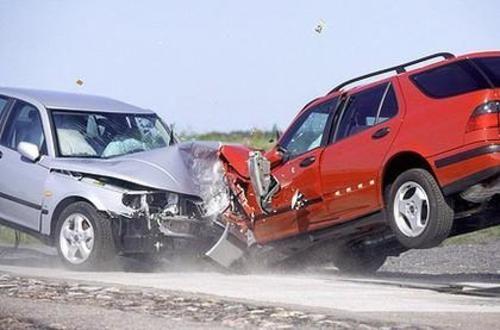 pasos a seguir después de un accidente automovilístico